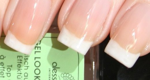 alessandro French Nails Manicure