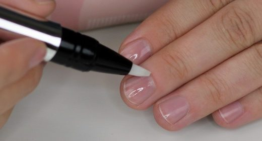LEIGHTON DENNY Touch and Go Cuticle Pen