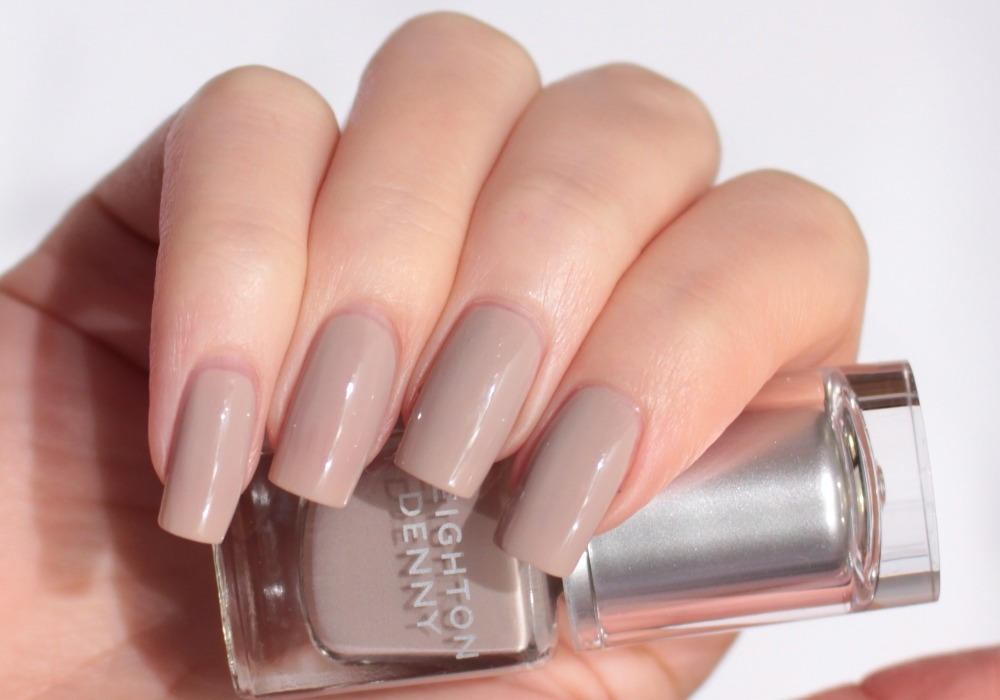 LEIGHTON DENNY Nail Polish Honey Trap