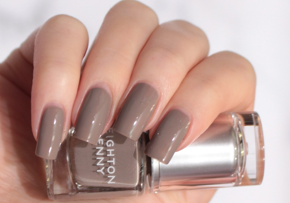 LEIGHTON DENNY Nail Polish Sink Into Mink