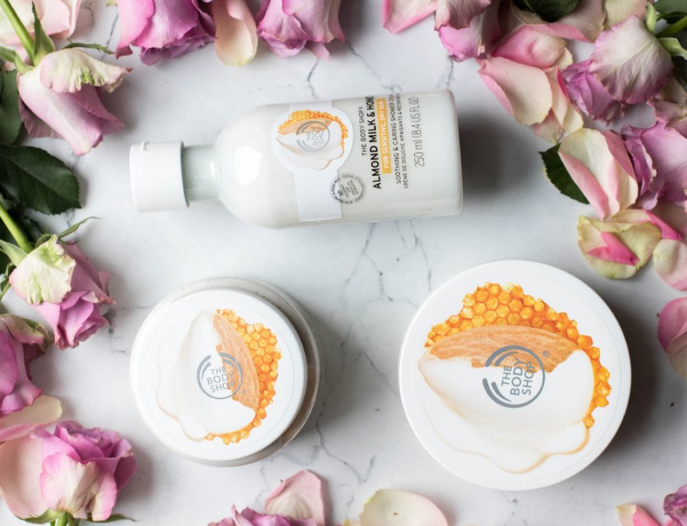 Für sensible, trockene Haut – THE BODY SHOP® Almond Milk & Honey
