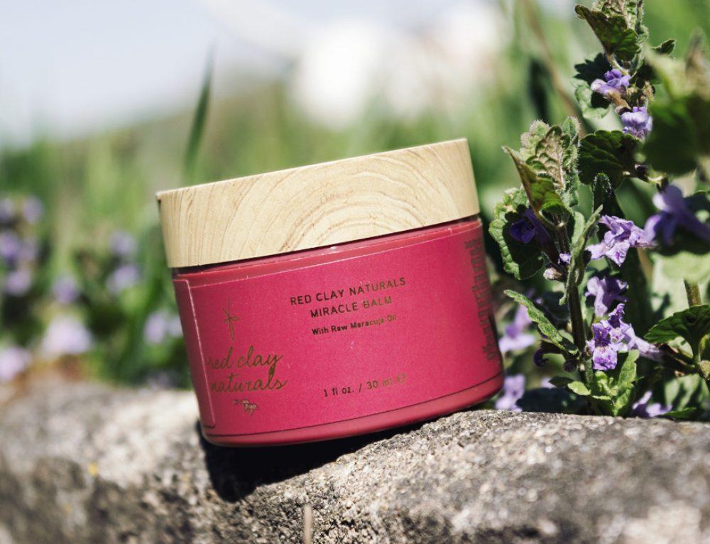 TAYA RED CLAY NATURALS Miracle Balm – dieser Haarpflege-Allrounder hat es in sich!