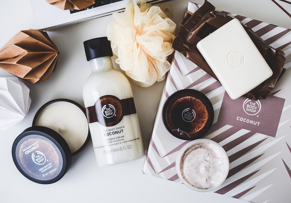 THE BODY SHOP COCONUT Skincare Gift Box