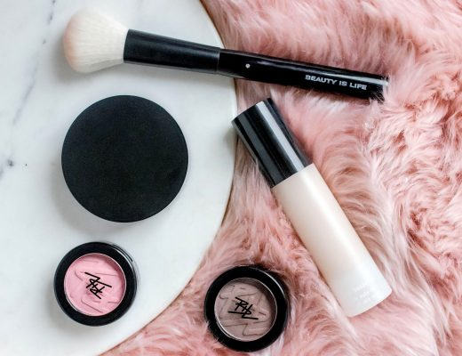 BEAUTY IS LIFE Make-up