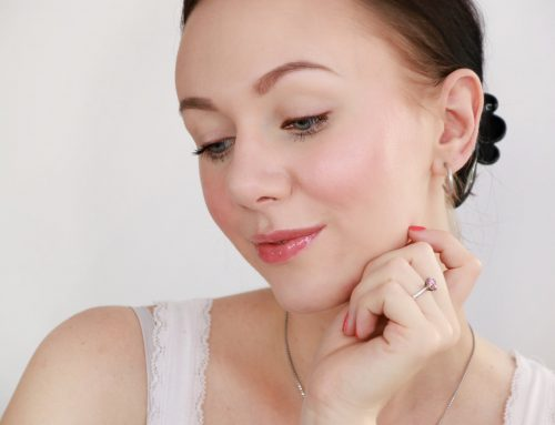 Swatches: Die neuen bareMinerals® Moxie™ Plumping Lipglosse – alle Farben auf einen Blick