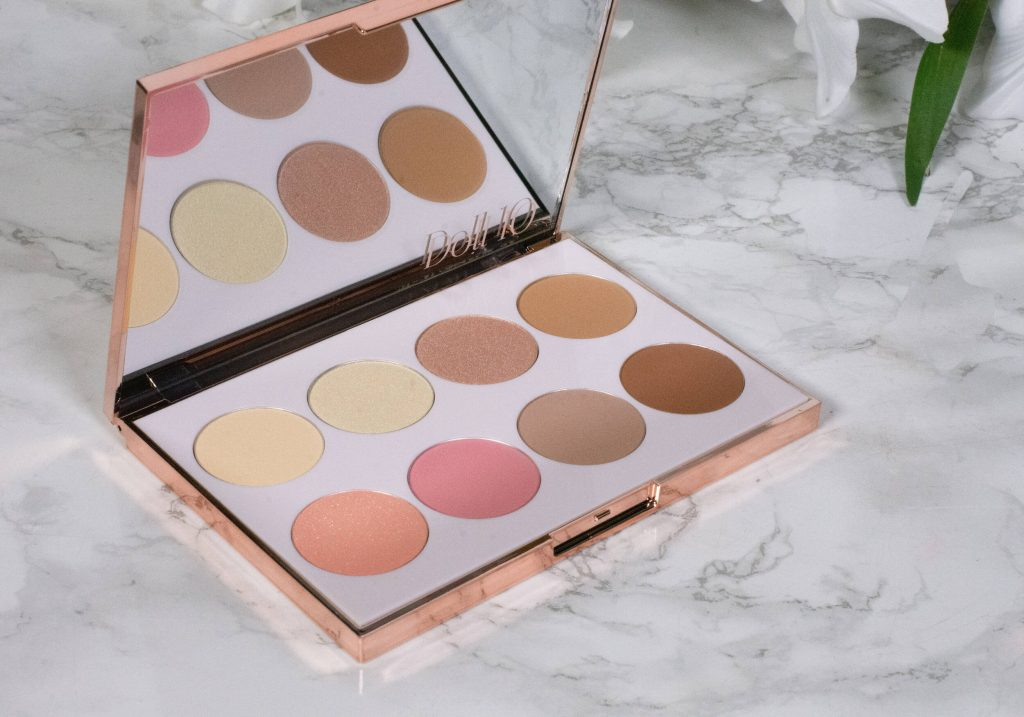 DOLL 10 Doll Skin Compexion Palette