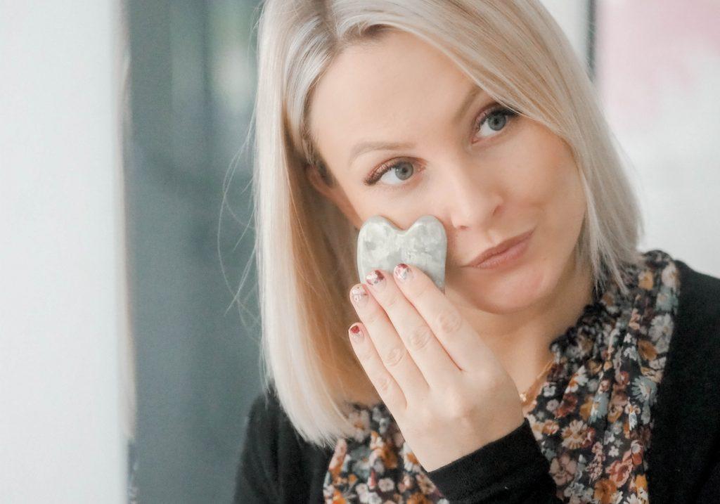 HAYO'U Beauty Restorer Facial Massage Tool
