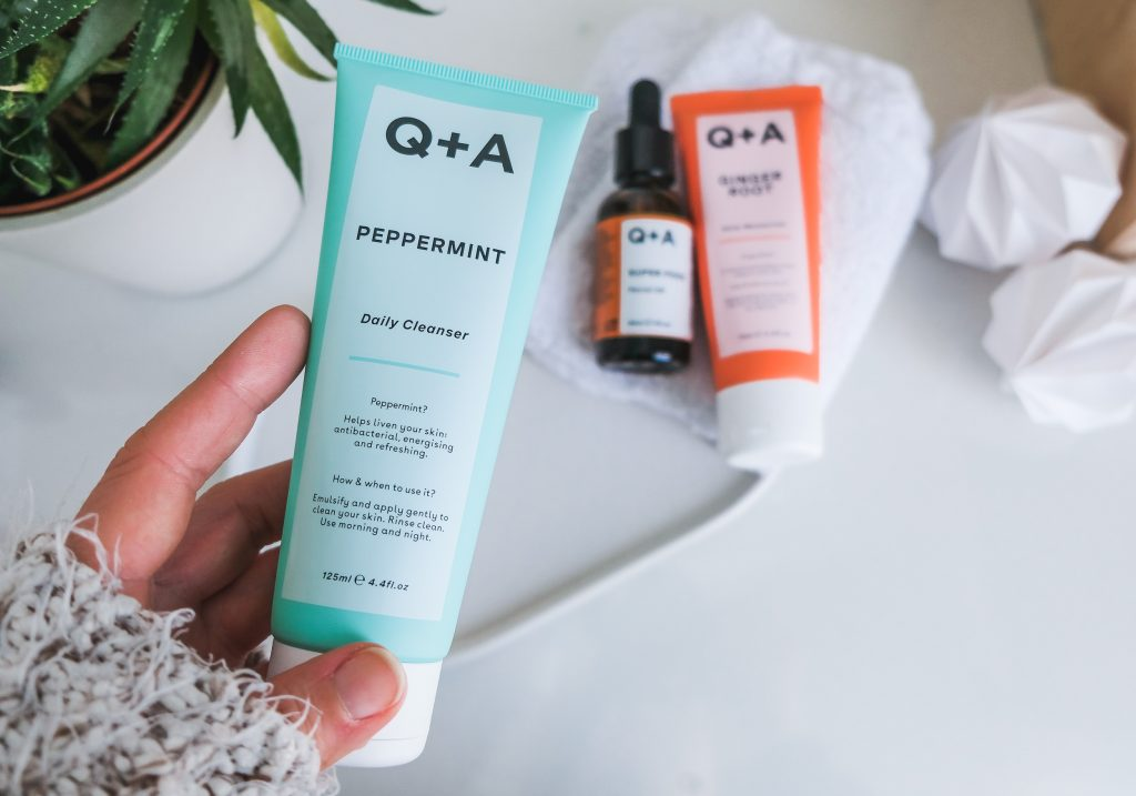 Q+A PEPPERMINT Daily Cleanser